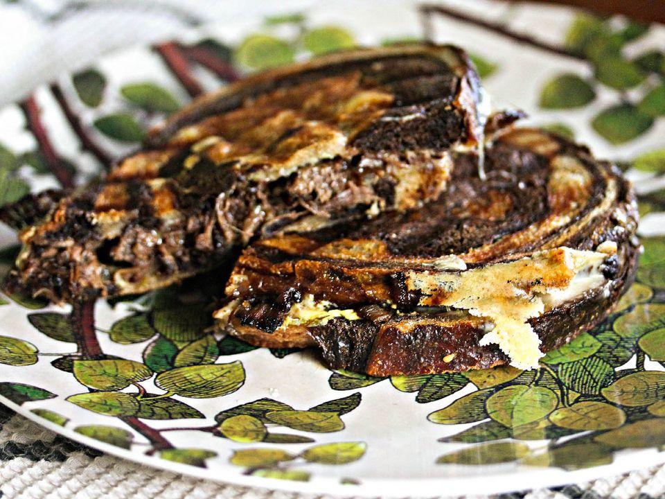 20140901-Short-Rib-Gouda-Caramelized-Onion-Grilled-Cheese-Jennifer-Olvera.jpg