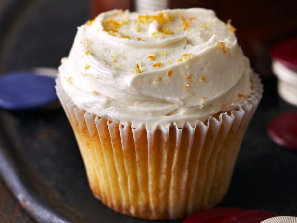 20111130-181724-old-fashioned-cupcakes.jpg