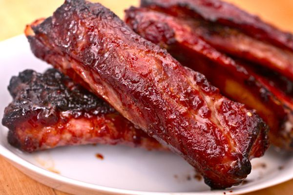 A plate of Chinese spare ribs