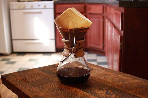 091511-170487-coffee-how-to-brew-chemex-2.jpg