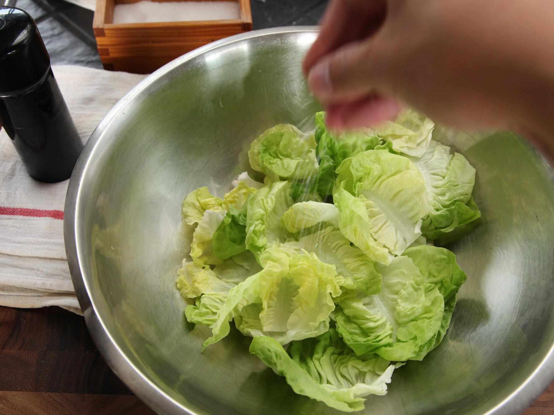 20140930-how-to-dress-a-salad-vinaigrette-12.jpg