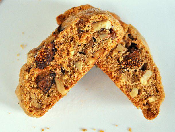 20111205-cookiemonster-figwalnutbiscotti.JPG