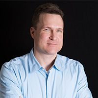 A headshot of Chris Mohney, a contributing writer at Serious Eats