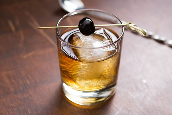 20150323-cocktails-vicky-wasik-vieux-carre.jpg
