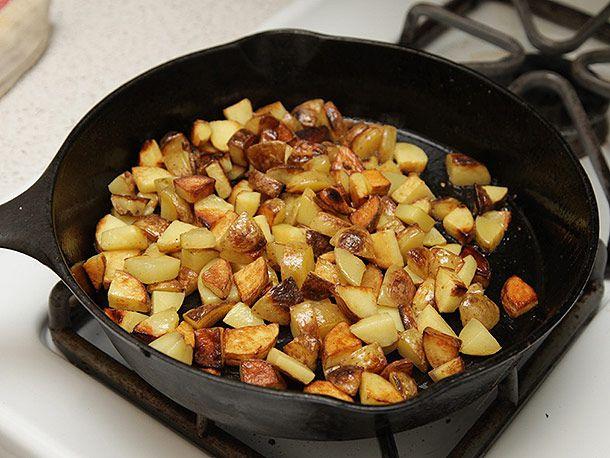 20131023-brussels-sprouts-kale-potato-hash-03.jpg