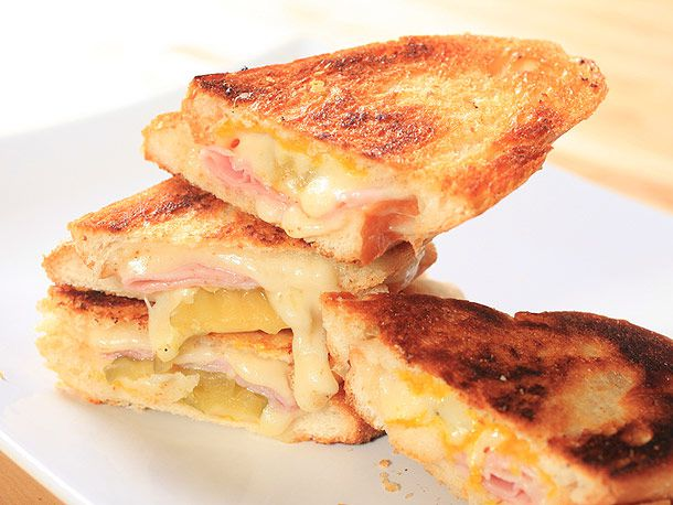 20120411-grilled-cheese-variations-cuban2.jpg