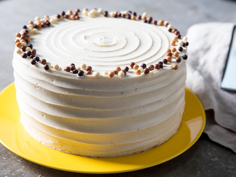 20170412-vanilla-layer-cake-vicky-wasik-19.jpg