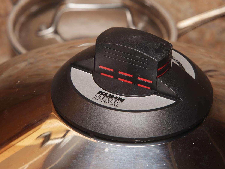 20151110-pressure-cooker-bolognese-recipe-kenji-15.jpg