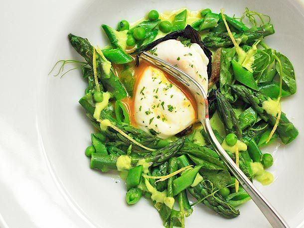 20120415-spring-salad-egg-17.jpg