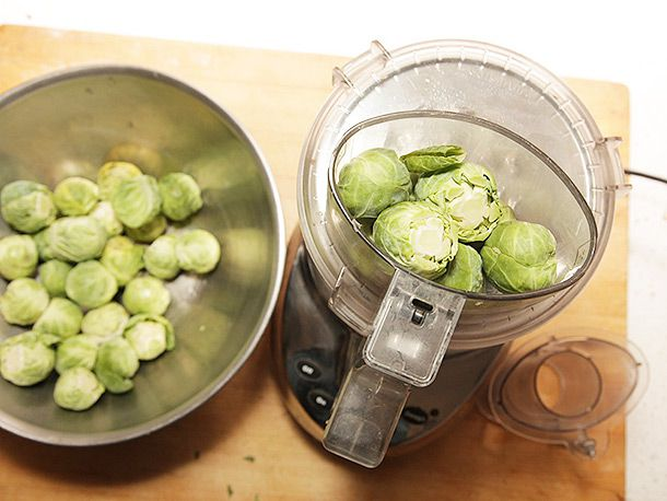 20131106-brussels-sprouts-lasagna-09.jpg