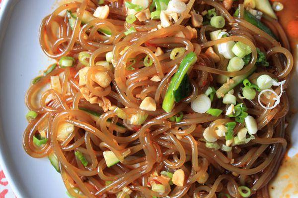 20120809-chichis-chinese-non-rice-vermicelli-dish-primary.jpg