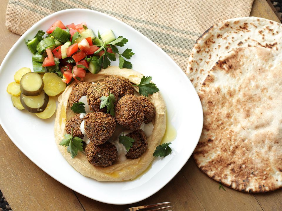 20170722-middle-eastern-recipes-roundup-01.jpg