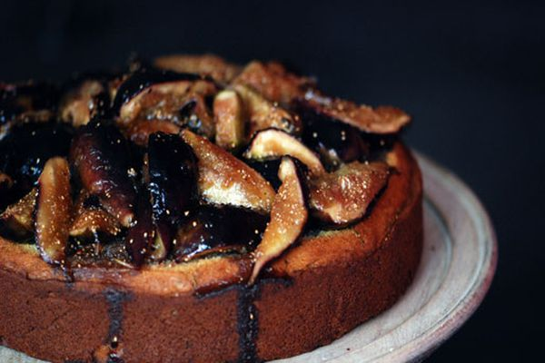 Rosemary, Honey, and Fig Cake