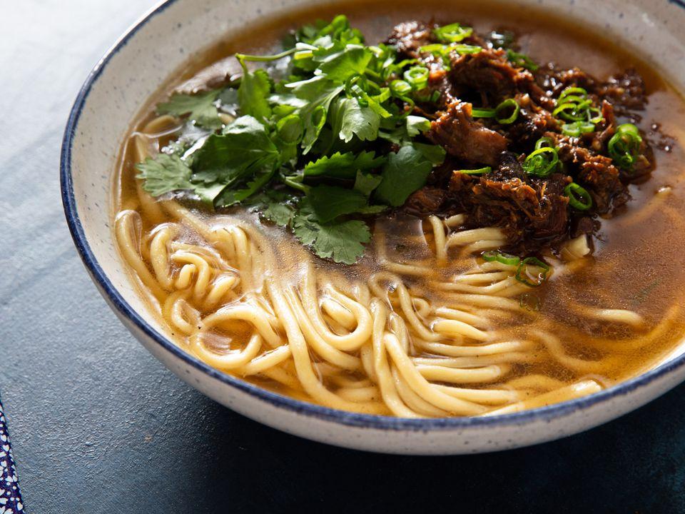 20200306-lamian-noodles-vicky-wasik-34