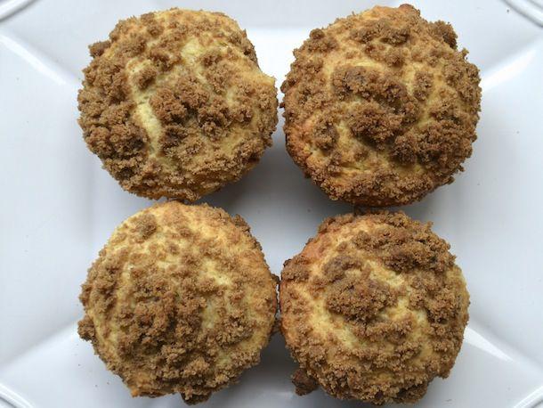 237168-20130126-sunday-brunch-coffee-cake-muffins.jpg