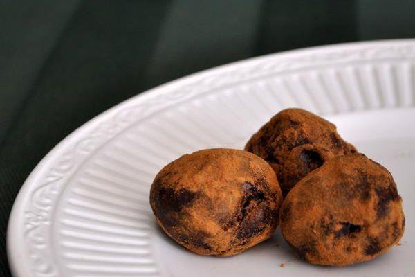 20120314-biscoffcookietruffles.JPG