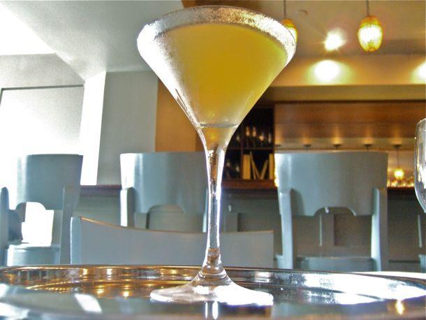 20130901summer-cocktails-mr-hoy.jpg