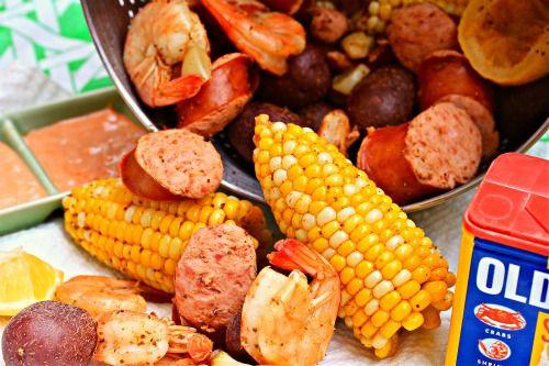 050512-204929-Sunday-Supper-Shrimp-Boil-Close-upC.jpg