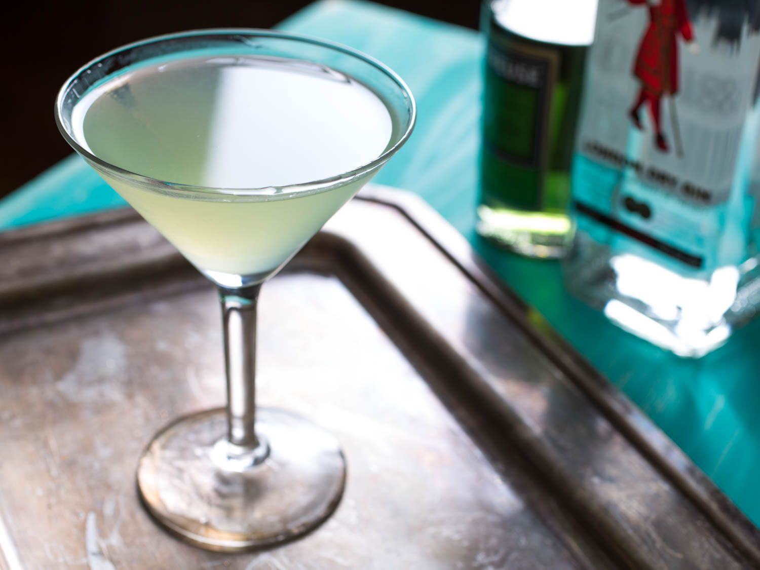 20150618-three-ingredient-cocktails-green-ghost-vicky-wasik
