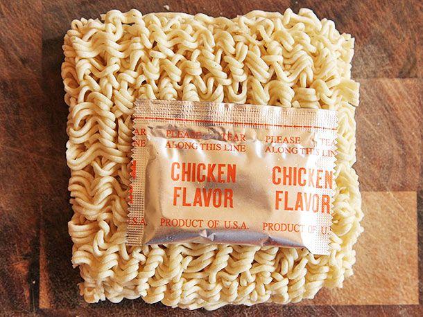 20130917-chicken-instant-ramen-taste-test-5.jpg