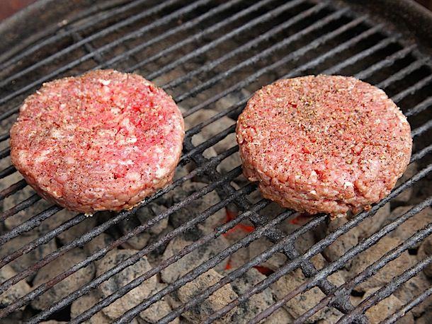20130816-burger-grind-food-lab-11.jpg