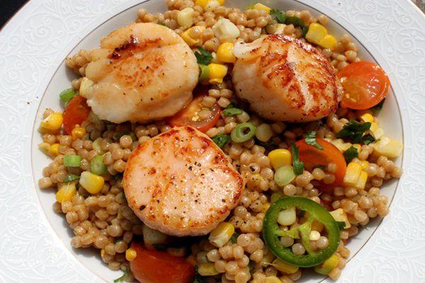 2012-05-14-skillet-suppers-scallops-israeli-couscous.JPG