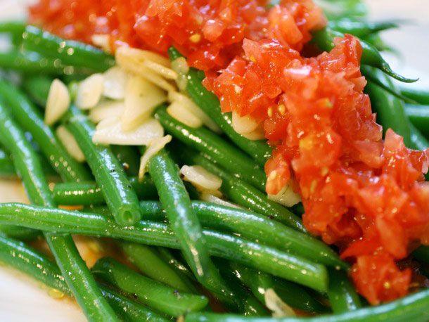 20120904-haricot-verts-tomato-salad-primary.jpg