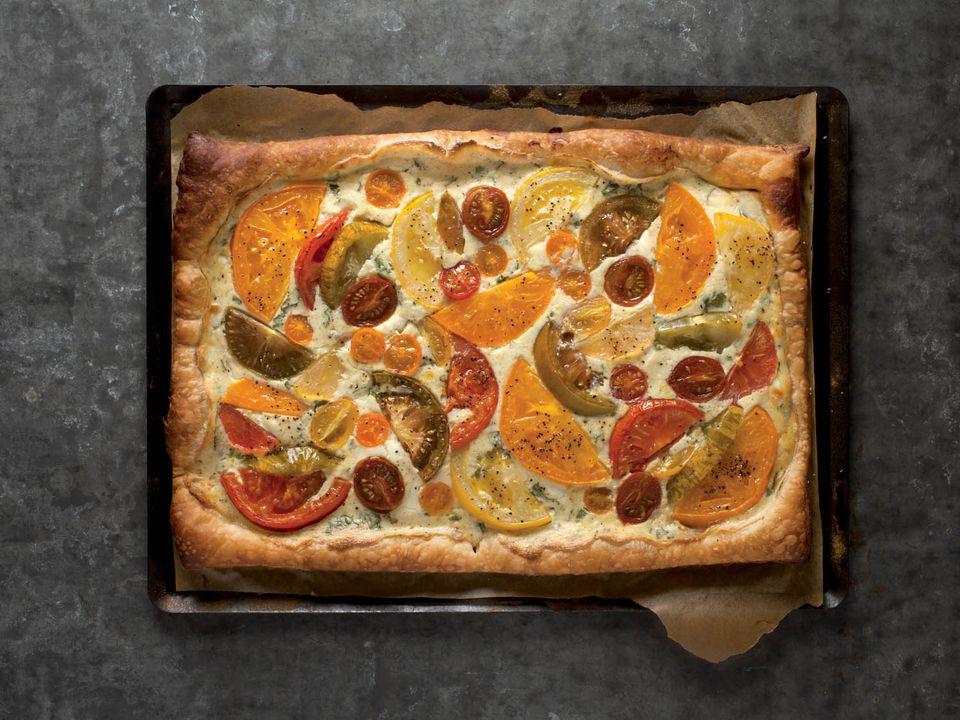 20140818-beekman-heirloom-vegetable-tomato-tart-paulette-tavormina.jpg