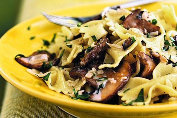 20120114-187767-farfalle-with-creamy-wild-mushroom-sauce.jpg