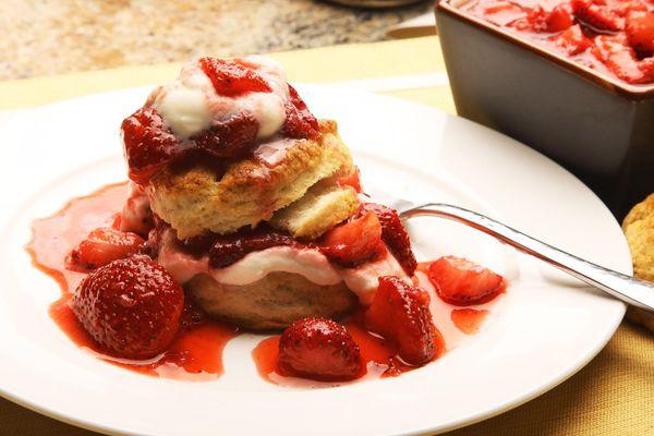 20150911-two-ingredient-biscuit-strawberry-shortcake-recipe-kenji-54.jpg