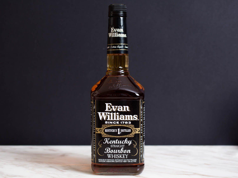 20150804-budget-spirits-evan-williams-bourbon-vicky-wasik-5.jpg