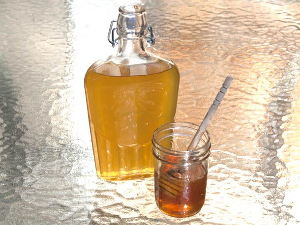make your own honey liqueur