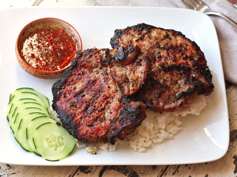 vietnamese grilled lemongrass pork chop recipe Vietnamese Grilled Lemongrass Pork Chops (Thit Heo Nuong Xa) Recipe