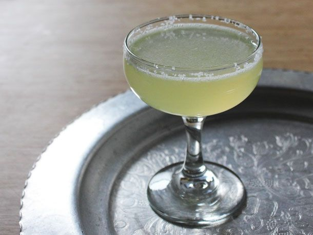 20130317-244846-chamomile-tequila-sour.jpg