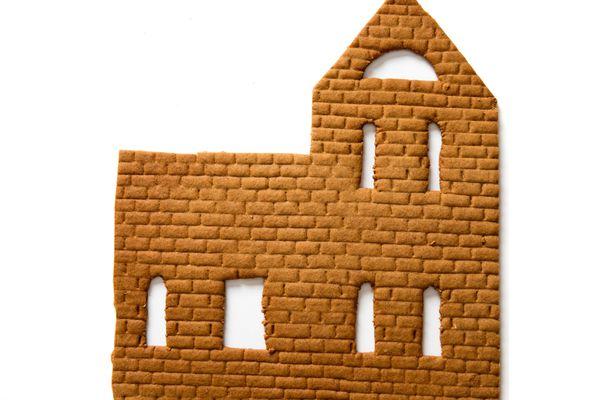 20161009-gingerbread-house-dough-icing-vicky-wasik-6b.jpg