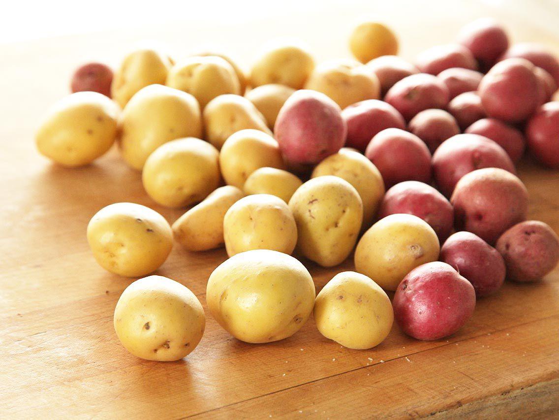 20131026-new-potatoes-roasted-crispy-thanksgiving-01.jpg