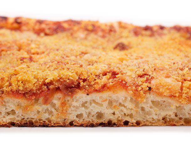 20111220-sfincione-sicilian-pizza-making-31.jpg