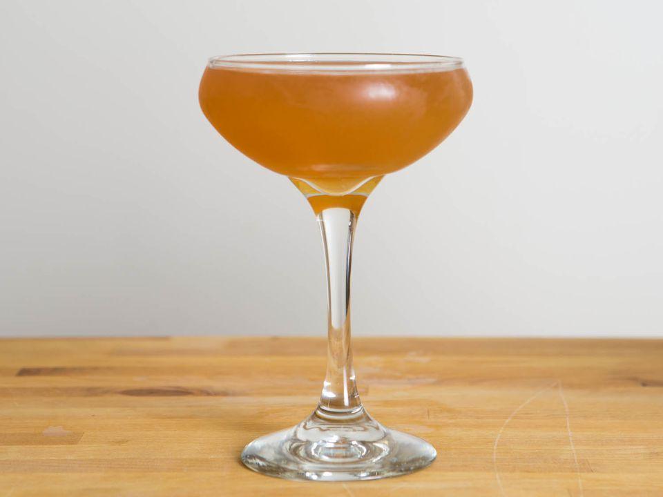 20140910-cocktail-techniques-michael-deitsch-orange-twist-vicky-wasik-50.jpg