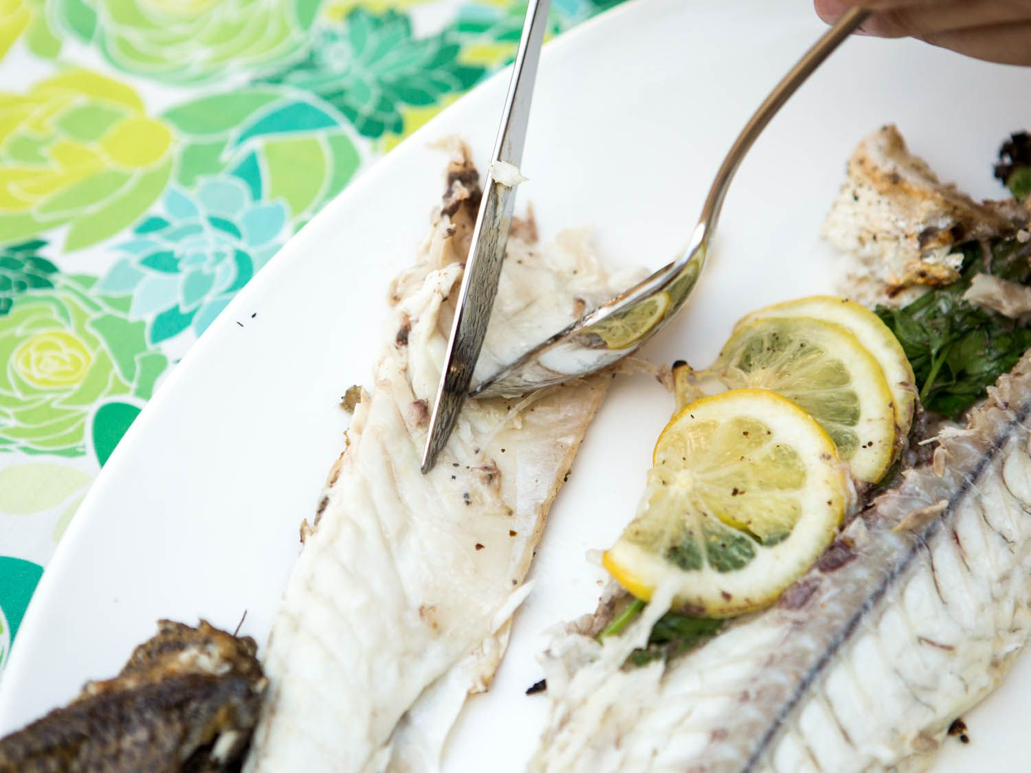 20140708-how-to-serve-whole-fish-vicky-wasik-19.jpg