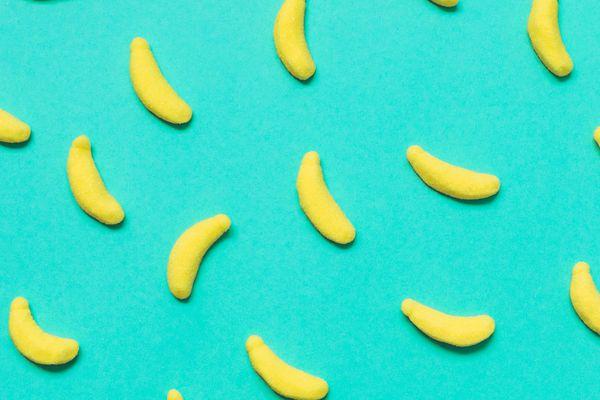 20200811-banana-candies-shutterstock