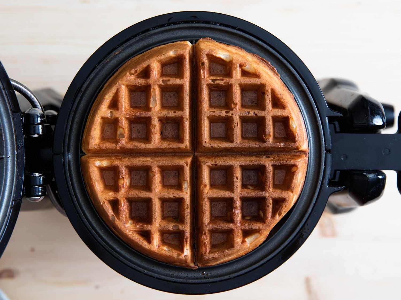 20160329-yeasted-waffles-vicky-wasik-8.jpg