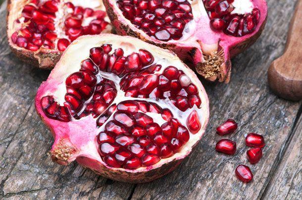 20140211-valentines-day-pomegranate.jpg