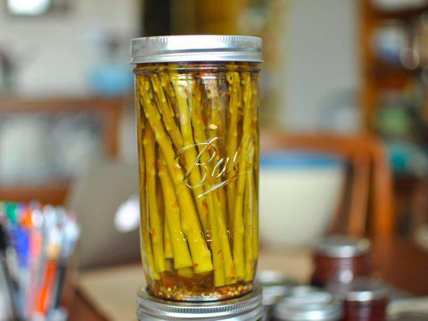 03122012-196950-finished-asparagus-pickles-610.jpeg