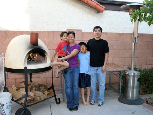 201000504-swong-family-hp.jpg