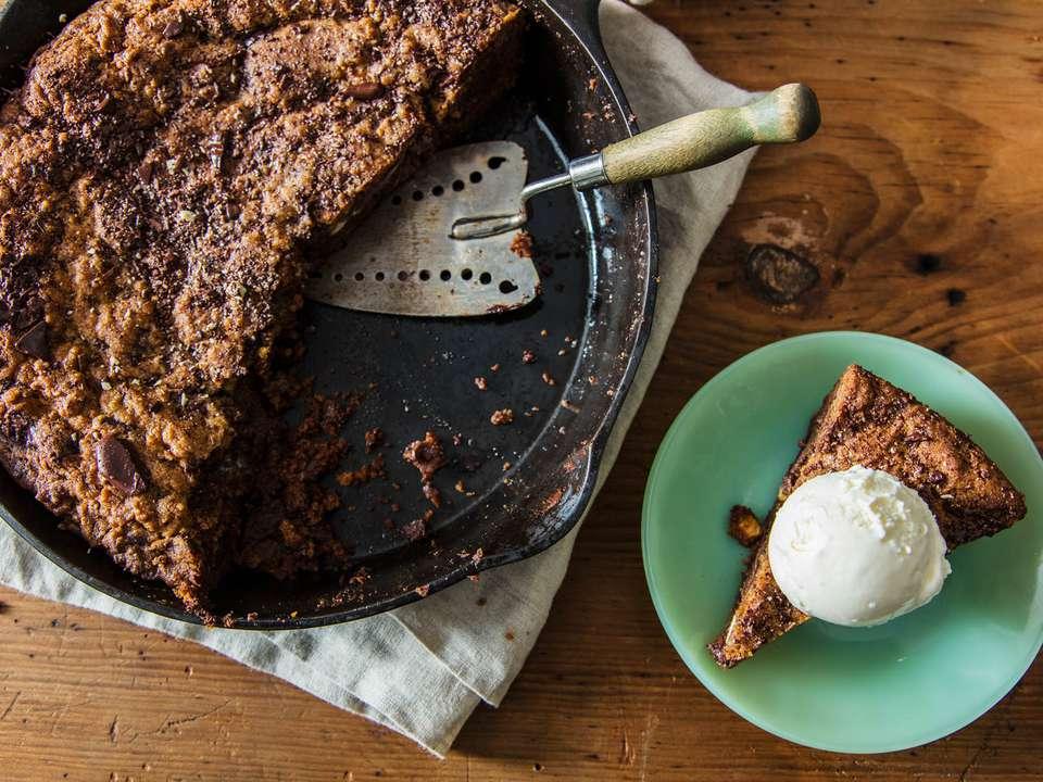 20171020_Skillet-Chocolate-Chip-Cookie-EmilyDryden_JPGS-15