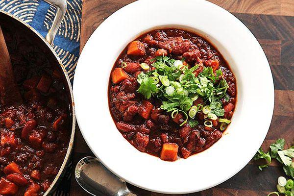 20140202-vegan-sweet-potato-chili-beans-recipe-16.jpg