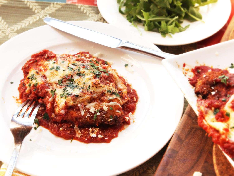 20140923-chicken-parm-recipe-35-thumb-1500xauto-411726.jpg