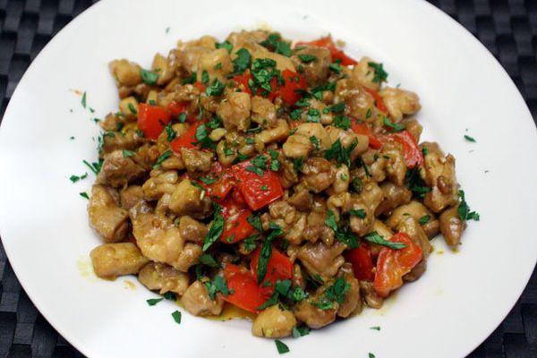 20111107-127355-dinner-tonight-chicken-stir-fried-lemongrass-chile.jpg