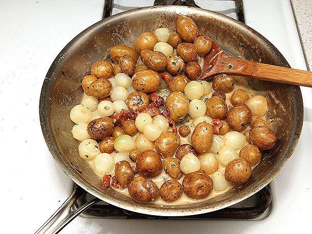 20131219-pearl-onion-potato-gratin-10a.jpg