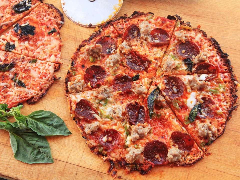 Tortilla Bar Pizza at Home